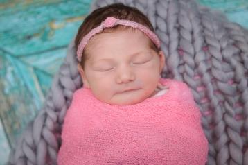 Newborn Northeast Ohio Photographer Brusnwick_-16