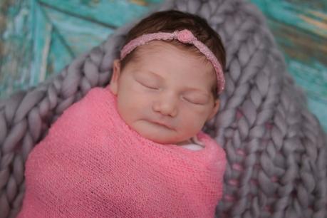 Newborn Northeast Ohio Photographer Brusnwick_-17