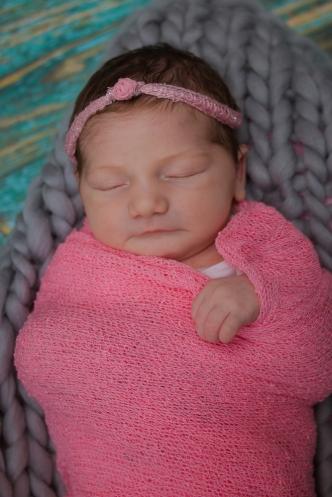 Newborn Northeast Ohio Photographer Brusnwick_-19